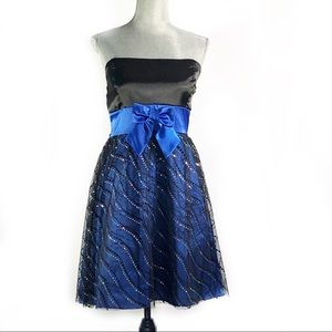 Dresses & Skirts - Black and Blue Prom Party Dress SZ XL